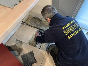 réparation tuyaux plomberie